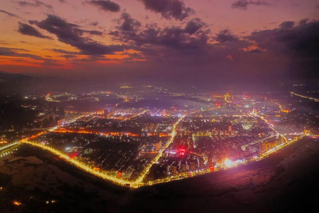 【融入上饶主城区 建设美丽新铅山】 如今铅山大变样!