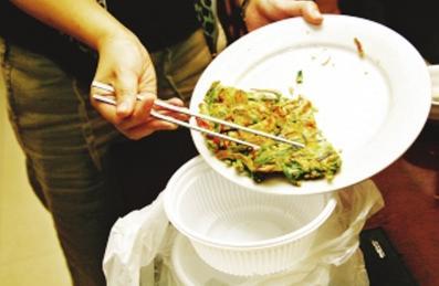 吃剩饭剩菜对身体伤害大,放多久算剩?