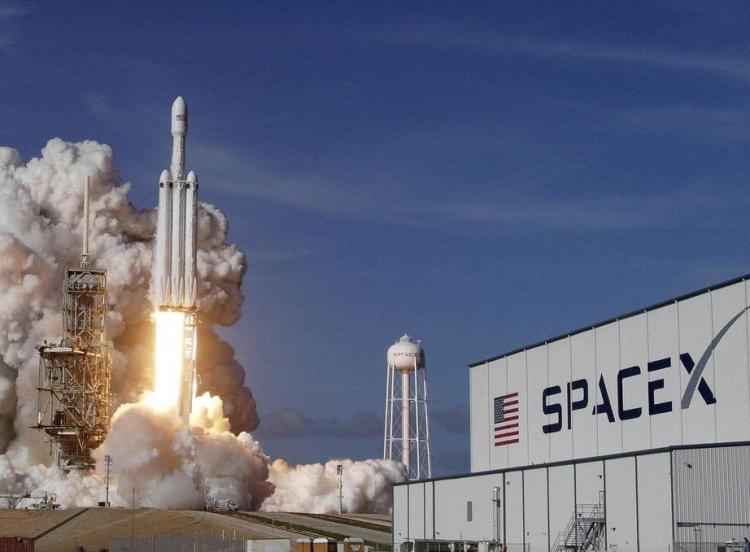 SpaceX融资8.5亿美元 估值升至740亿美元左右