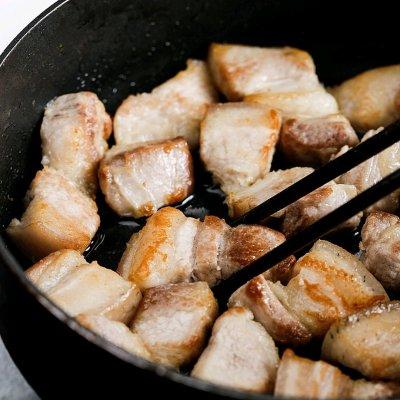 红烧肉(不焯水,不放油,不放盐,肉嫩软 美食做法 第3张