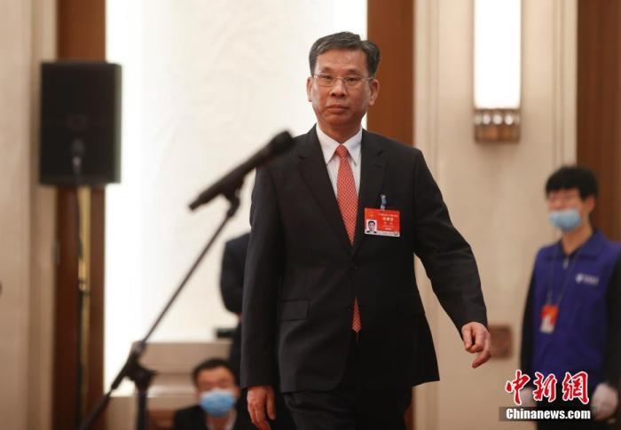 刘昆简历_中国新闻网