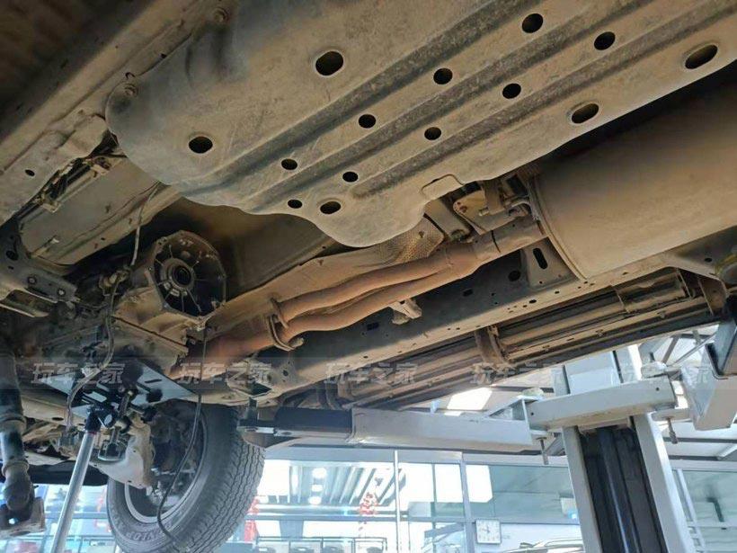 丰田18款普拉多分时四驱改装全时四驱详细作业