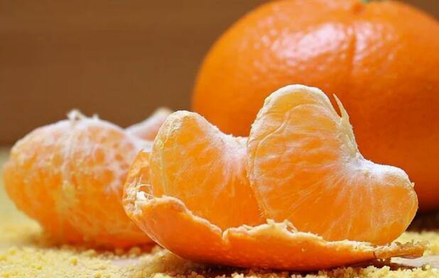 男子連吃5個橘子進ICU搶救!什么樣的人吃橘子要慎重?