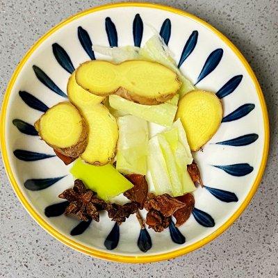 五花肉焖春笋,鲜香无比,嘠嘣儿脆 孕妇菜谱做法 第7张