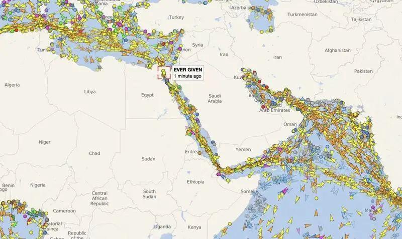 """突发!苏伊士运河惊现""""大堵车""""!400米巨轮""""卡死""""欧亚大动脉,国际油价直线拉升……"""
