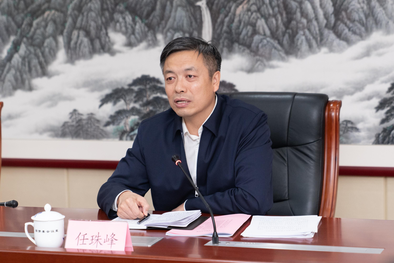 """""""70年代后,他担任珠穆朗玛峰和江西副省长"""