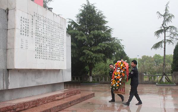 南县司法局:参观红色教育基地 接受传统革命教育