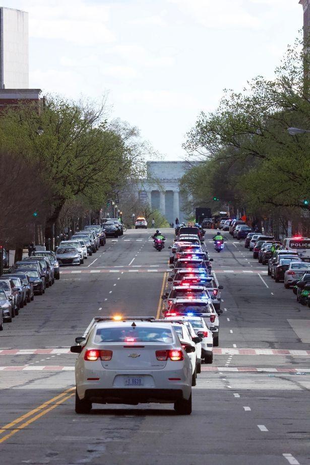 美国国会再遭冲击2死1伤,嫌犯照片曝光,25岁男子撞倒警察被击毙