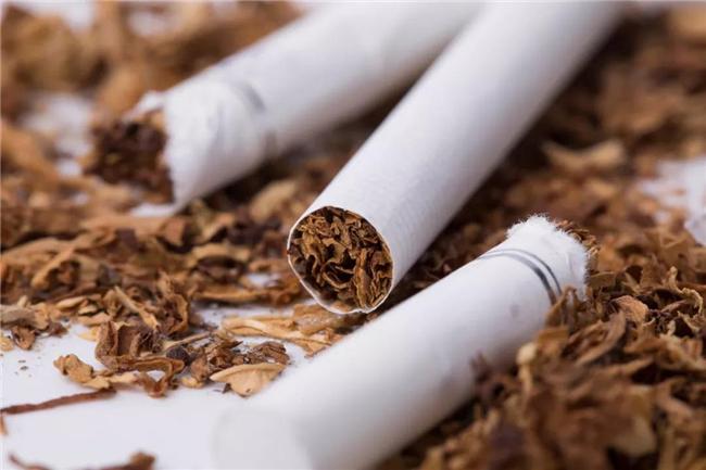 科普 电子烟患肺癌风险小?9个有关吸烟的谣言不要再传了
