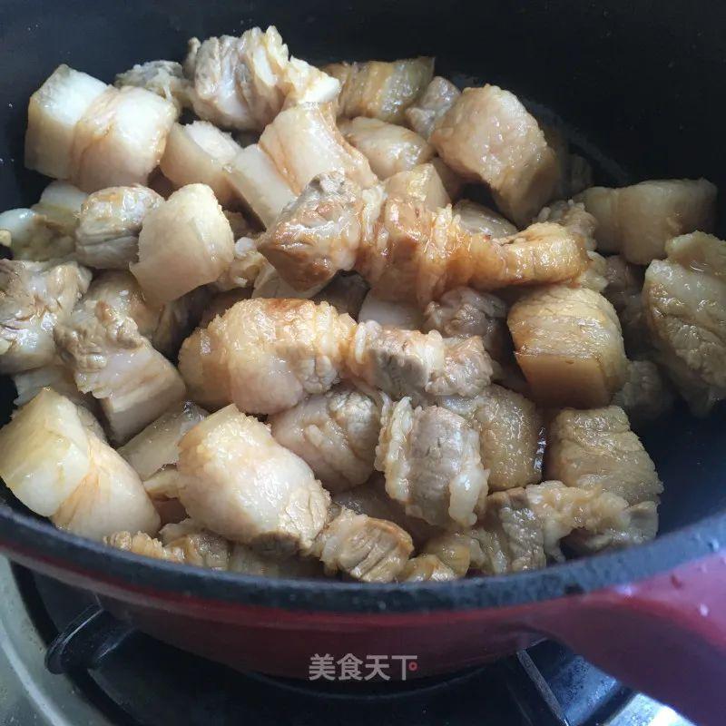 红烧肉炖春笋:笋鲜肉香,食之不腻,满口春意 红烧肉炖春笋 第7张