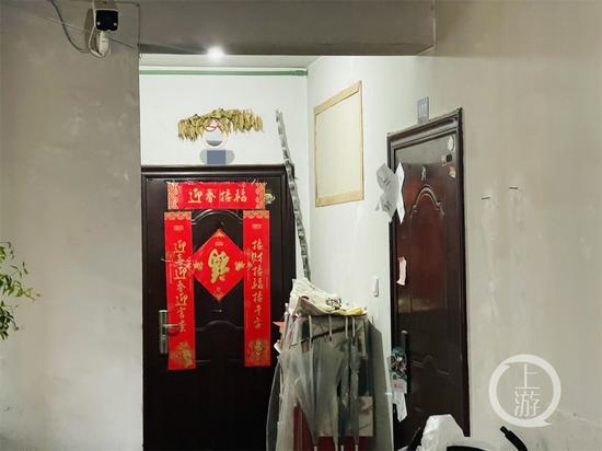 杭州杀妻分尸案现场:封条仍在,同层邻居搬家