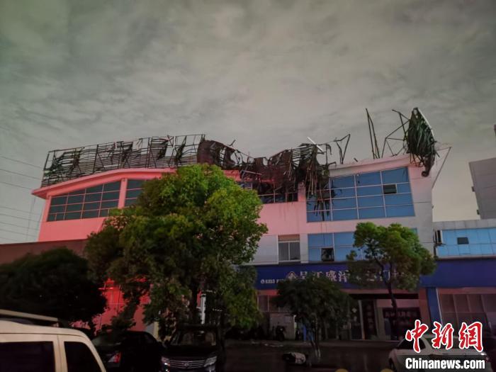 江苏苏州龙卷风最新消息 已致1死21伤 龙卷风是怎样形成的?