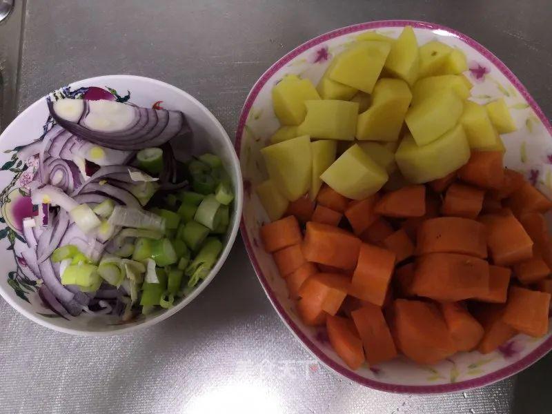 咖喱鸡排饭:自己学会做,一次吃到爽 美食做法 第2张