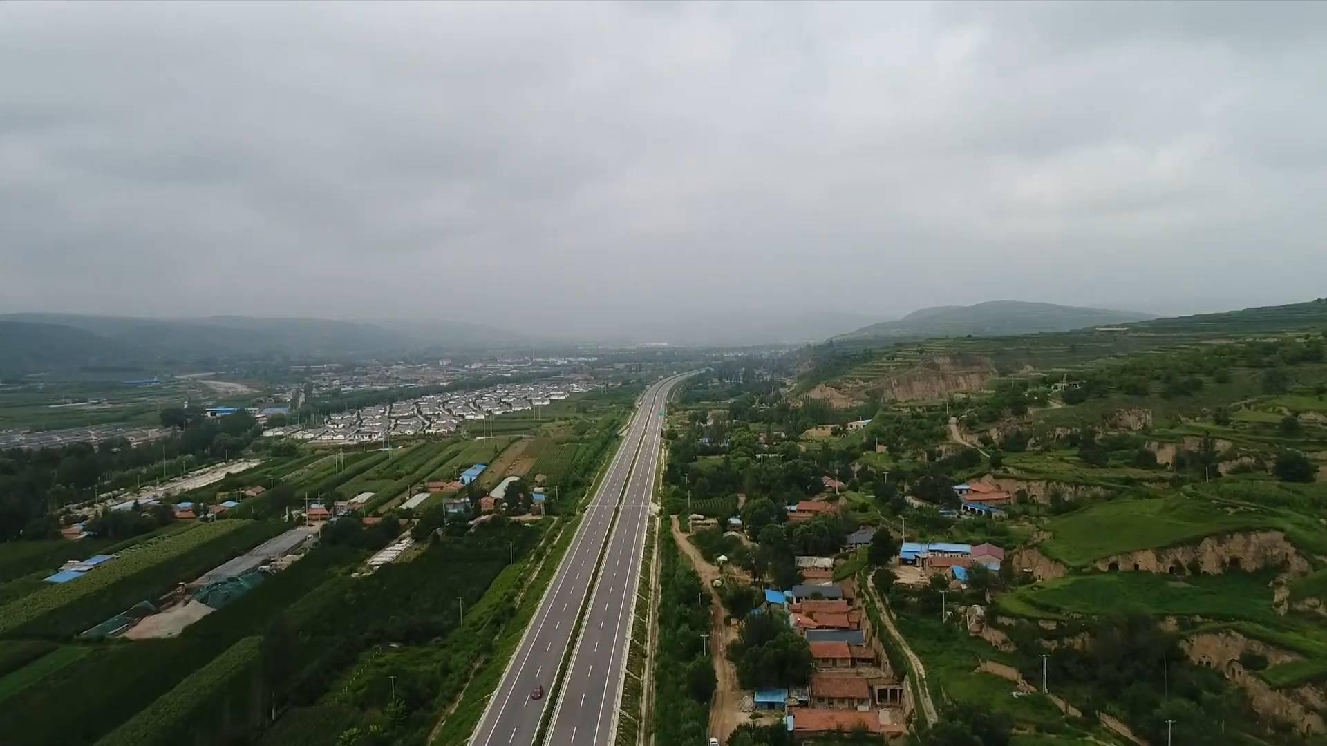 """沿着高速看中国 福银高速:连接""""山海""""为乡村振兴添动力"""