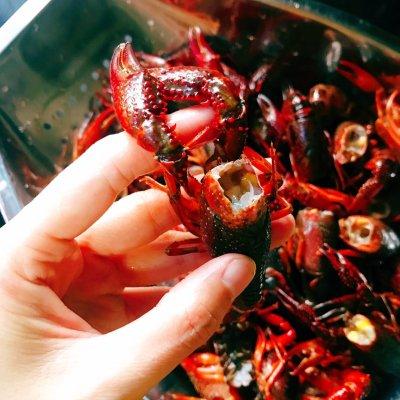 仙女们的私藏鲜法大PK#麻辣小龙虾的做法