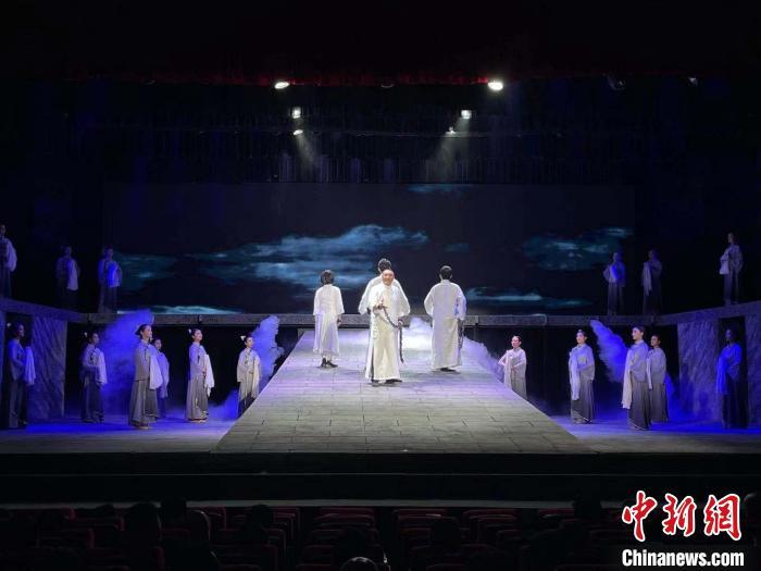 云南花灯剧《王德三》:地方传统戏曲生动演绎党史故事