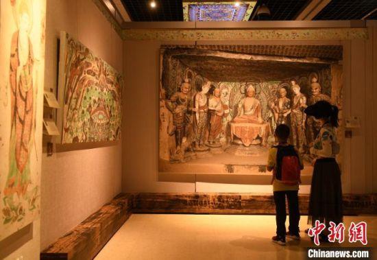 敦煌壁画艺术精品首次亮相重庆