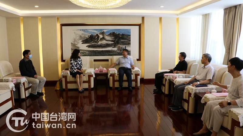 雲南省委台辦主任王忠會見台灣華夏文教農經交流協會秘書長王家蓁