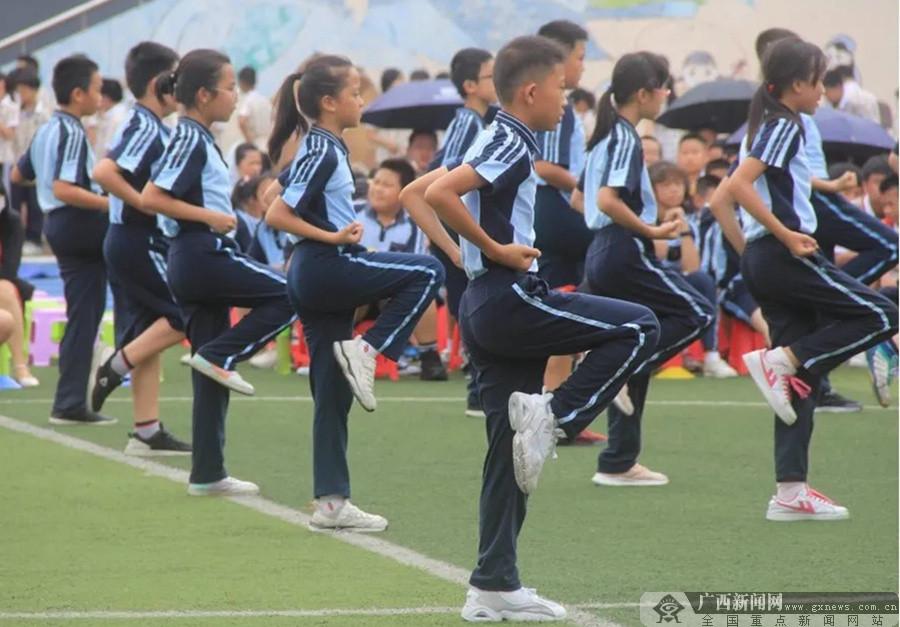 南宁市新兴民族学校:以民族特色教育建设美育校园