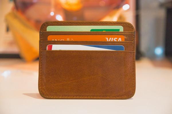 去美国,哪几种银行卡最实用?