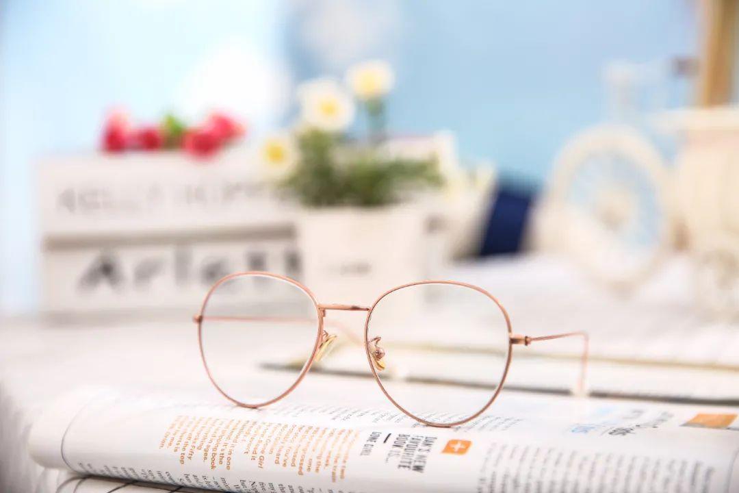 """""""防蓝光眼镜""""能预防近视吗?这些真相你该知道"""