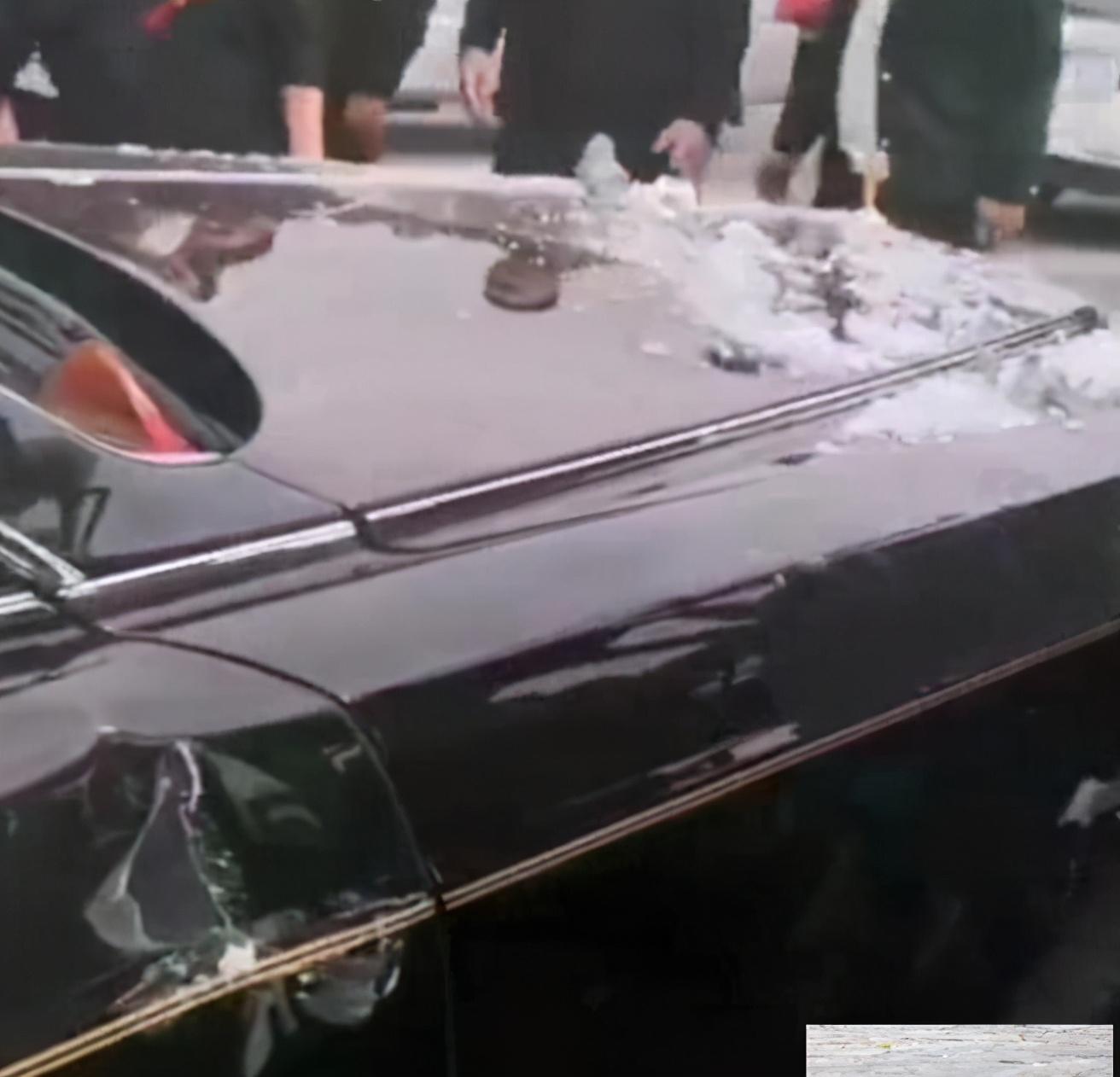 """河南偃师一""""天价""""车祸,三轮车撞上劳斯莱斯婚车,车损至少80万"""