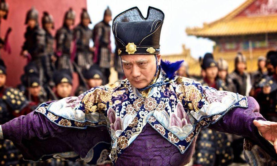 他是明朝第一大太监,自称皇帝,贪污3亿多白银,终被千刀万剐