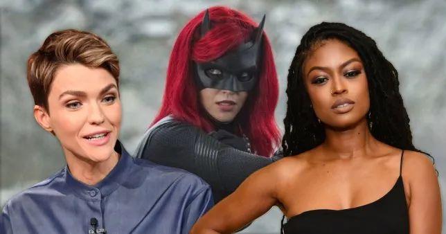 你們要的「黑化蝙蝠女俠」終於來了! 全新蝙蝠車同時登場