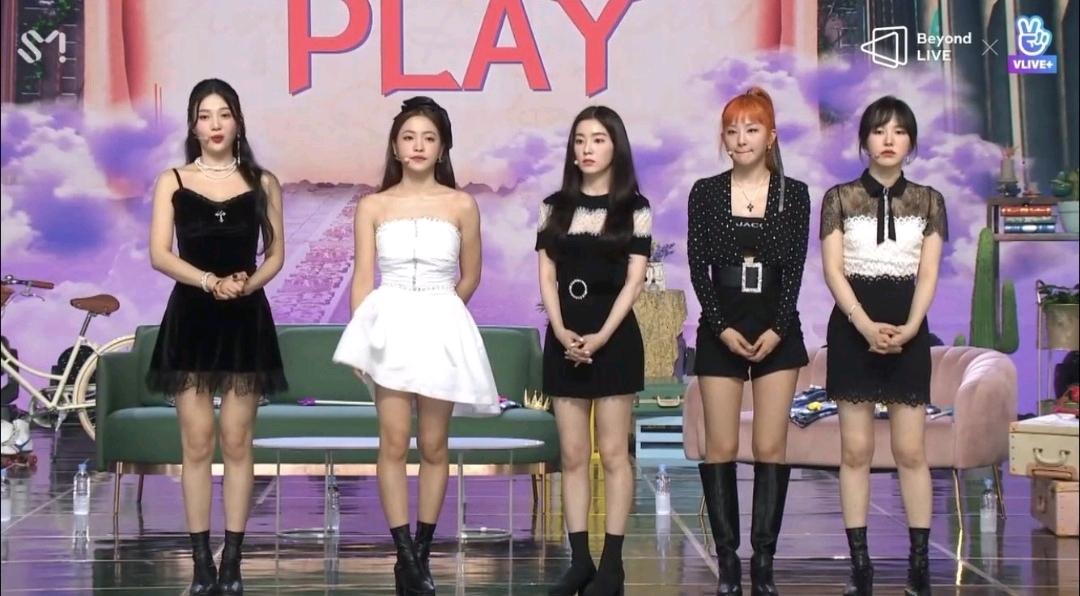 Irene和Wendy在内的完整体回归,Red Velvet新歌重夺夏日女王地位