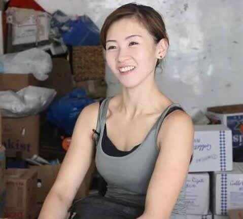 TVB小花做亲生女后机会多多,曾被影后惠英红狠批表演差劲