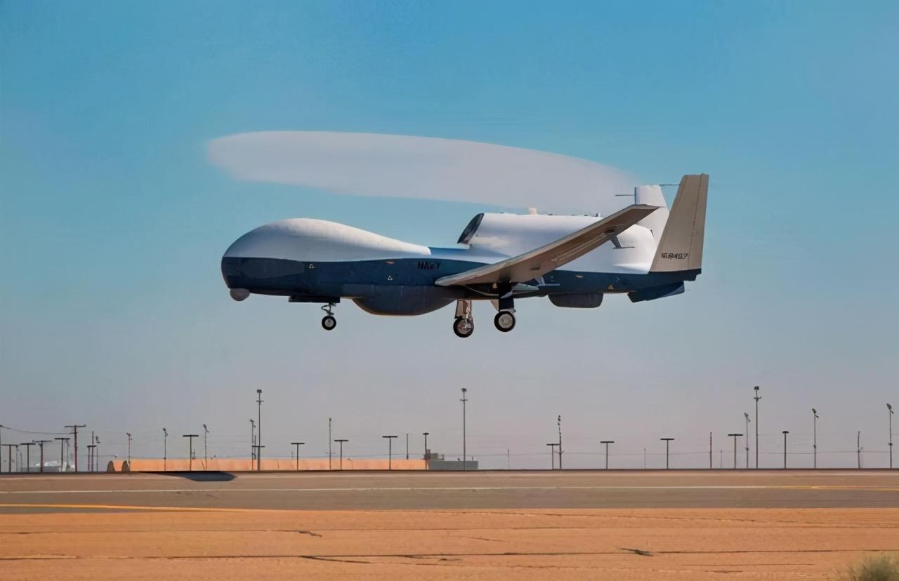把中国警告当儿戏?美军机又窜犯近海上空,国防部早把话挑明