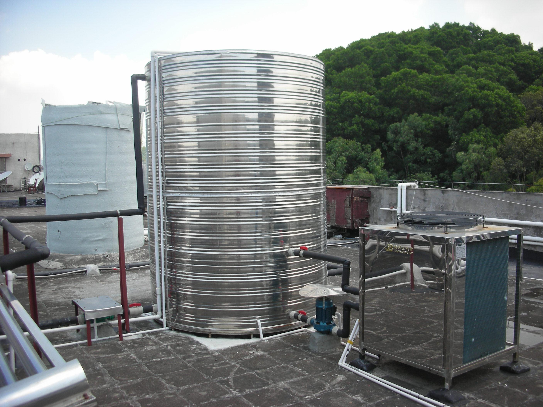 空气能热水器一天用多少度电?师傅:是省电,但也没想象中那么好