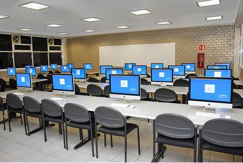 推动数字化教育,云桌面首当其冲