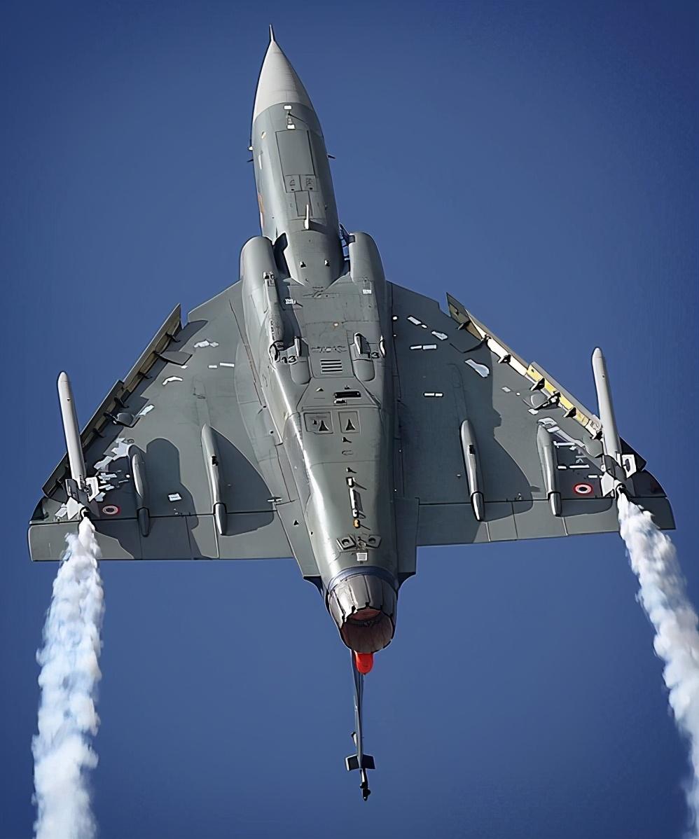 印度搞了35年的战斗机,离不开俄罗斯、美国、法国、英国支持
