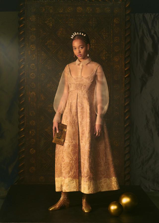DIOR拍出极梦幻塔罗时装 塔罗牌女祭司、恶魔服装仙气爆棚  第12张