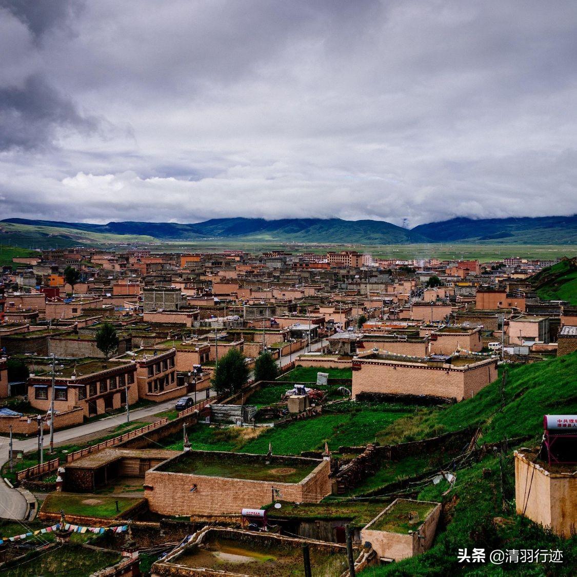 丁真的家园有多美?比拉萨还高的国际高城,离成都654公里