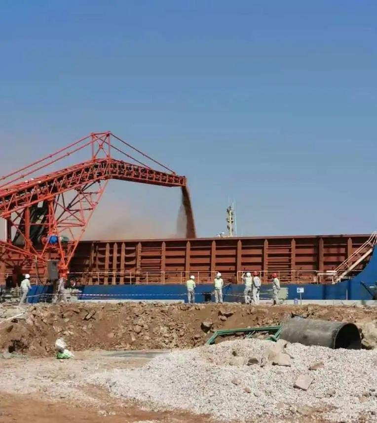 走进西非!中远海运参与运营管理的几内亚码头,首船铝土矿装运