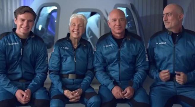 世界首富贝索斯环游太空11分钟,这些数据告诉你,值不值这2800万