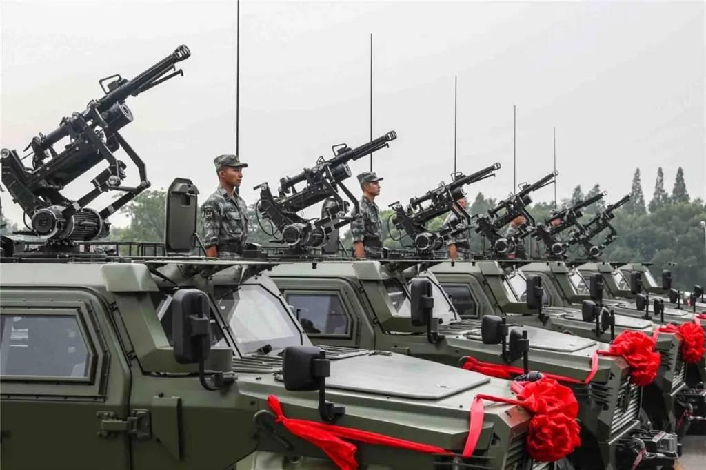 高原战士再添战场新利器!西藏军区边防部队列装三代猛士突击车