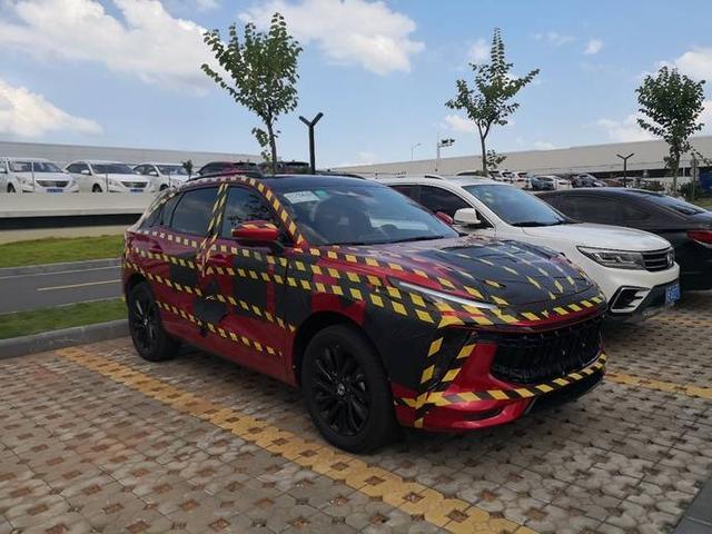 年轻人有福了,又一新SUV诞生,四排气+大溜背,代号SX5G,或不贵
