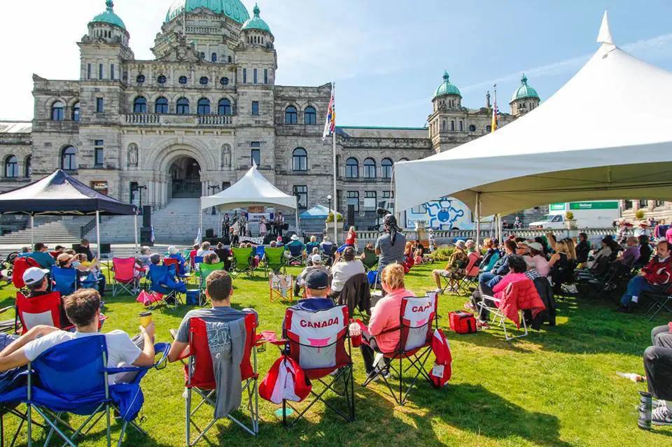 说好的国际劳动节!为啥加拿大劳动节居然不是五月一日呢?