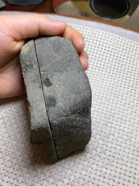 莫西沙场口翡翠原石的特征