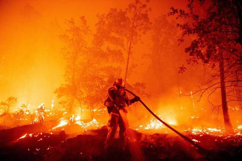 有毒空气笼罩全城,加州宛如末日!极端灾难恐成人类新常态?