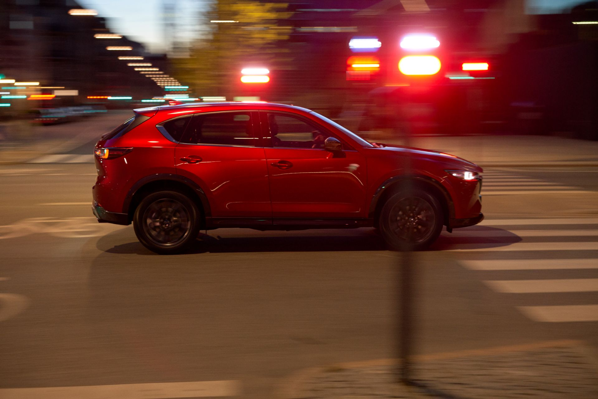 外观与国产版基本一致,中期改款马自达CX-5海外版官图发布