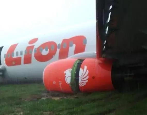 失事过程:1分钟下降超过万英尺!印尼坠毁的客机找到部分残骸