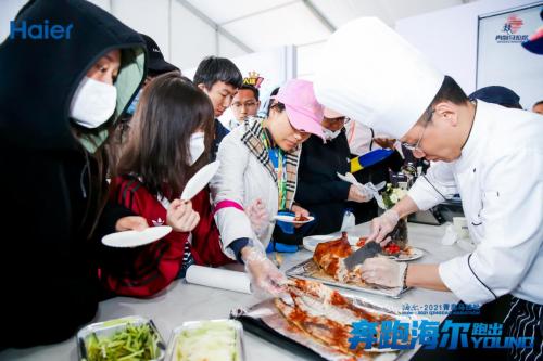 青马赛道吃北京烤鸭!海尔食联网开启美食生态赛道,3步做大师菜