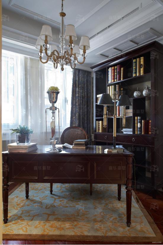 11室将近700平米的精致简欧别墅,抵过千万豪宅
