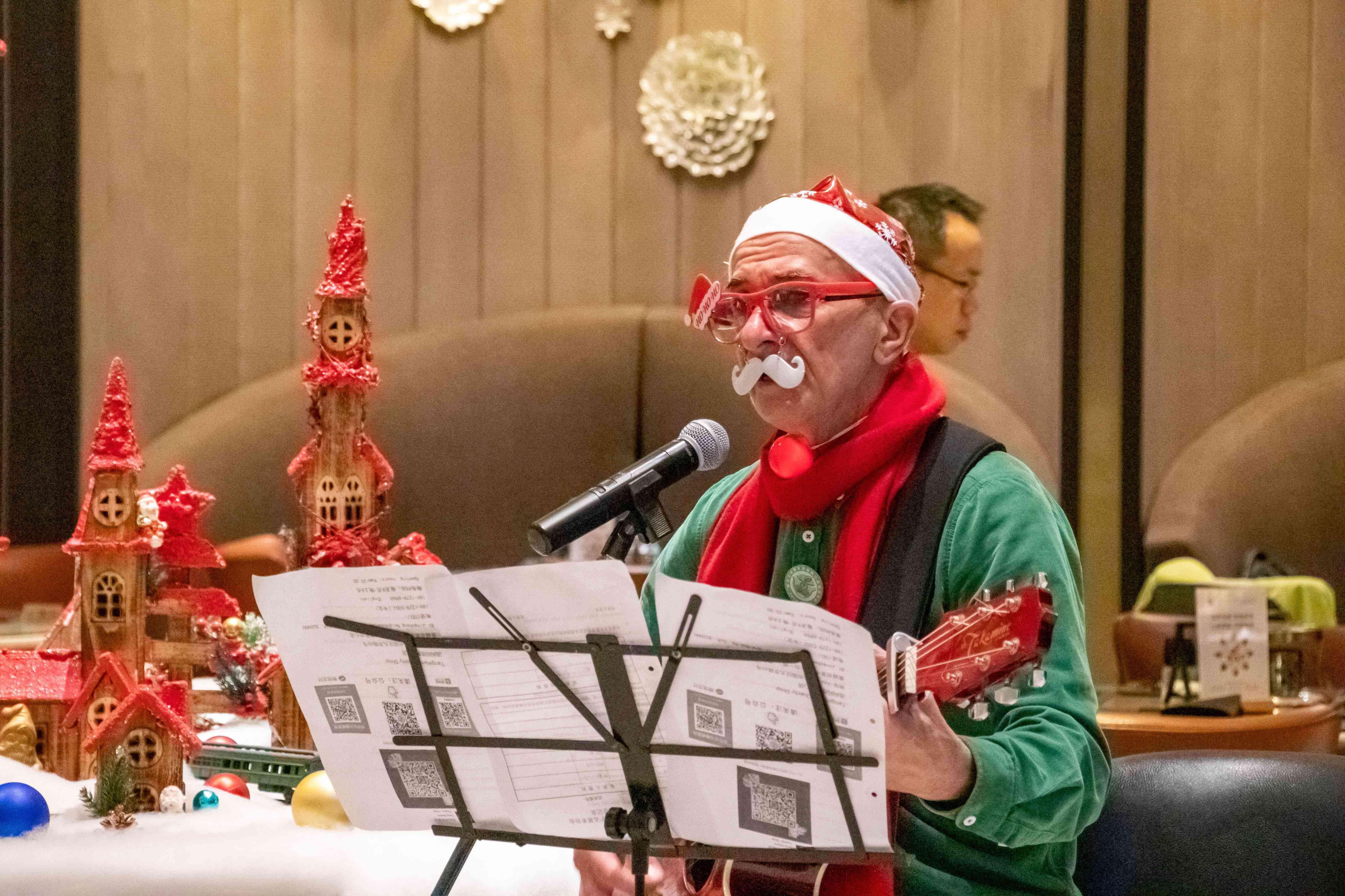 """苏州尼盛万丽酒店""""时光沙漏""""圣诞点灯派对"""