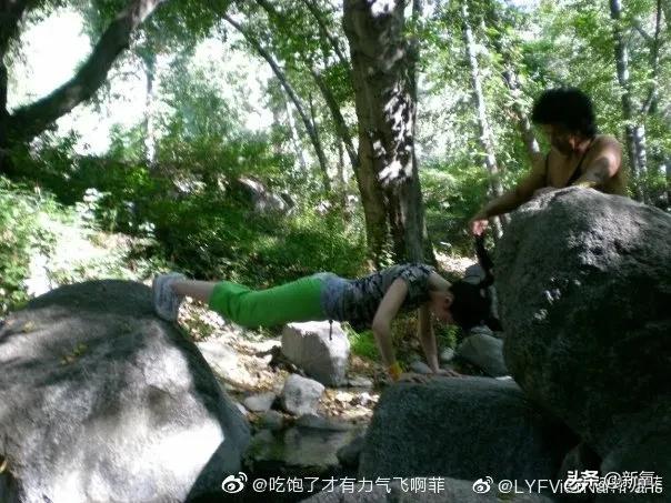 原来刘亦菲斜方肌粗大还脖子前伸的原因!是这个动作千万别瞎练