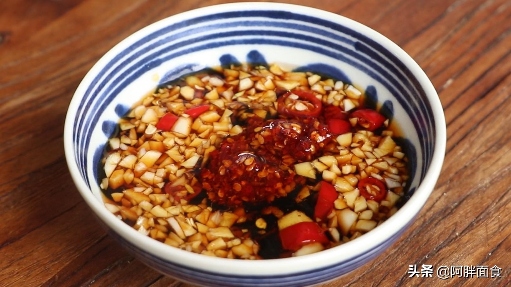 我家88歲爺爺愛這樣吃豆芽,做法簡單又營養,柔軟還好吃